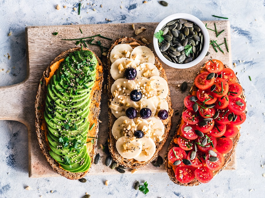 There are so many different health benefits from avocados and you can get them all in one meal with some delicious avocado toast recipes. What is Avocado Toast | Is Avocado Healthy | Is Avocado Toast Healthy | How to Make Avocado Toast | Healthy Breakfast Recipes | Healthy Snack Recipes | Healthy Lunch Recipes
