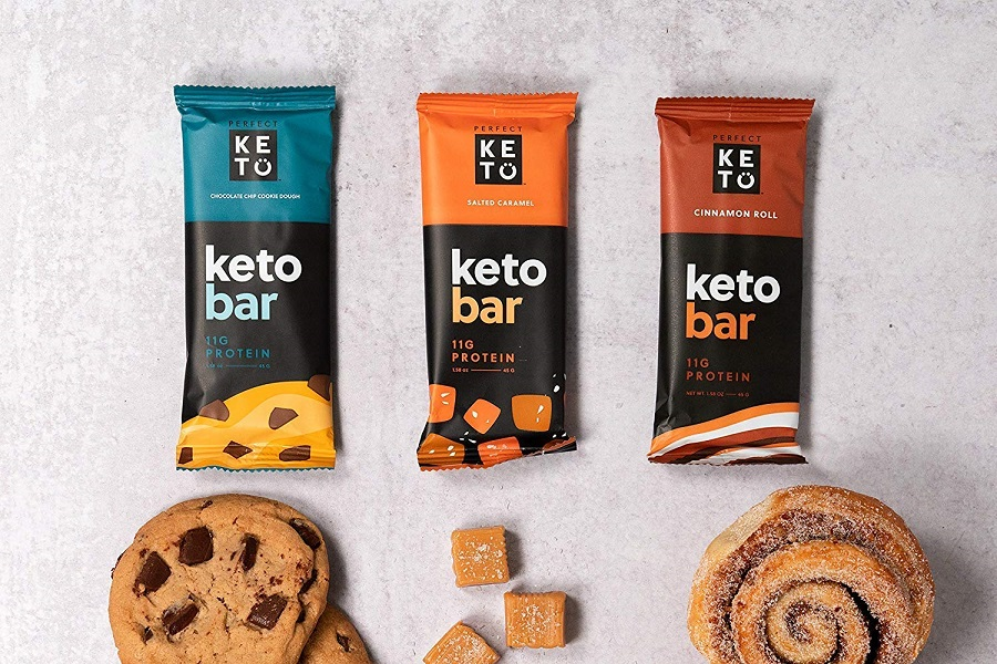 Try one of these delicious portable keto snacks to keep in your gym bag that could help you get the nutrition you want and need. Keto Pre Workout Snack | What to Eat Before Workout on Keto Diet | Keto Pre Workout Carbs | Keto Snacks for Workouts | Healthy Snacks for Your Gym Bag