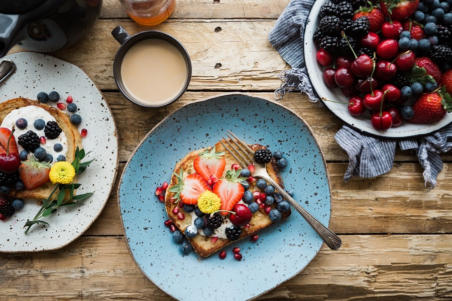 There are healthy protein breakfasts you can enjoy for a natural boost of energy and to reduce cravings and hunger. Healthy Breakfast on The Go | Cold Breakfast Ideas | Healthy Breakfast Ideas with Eggs | Healthy Breakfast Menu | Breakfast Ideas for Kids | Breakfast Recipes for Work